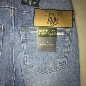 Women's Rock and Republic  blue jeans